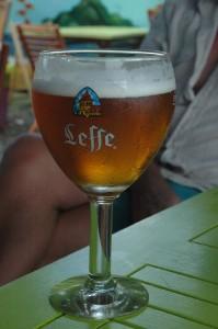 Da muss man erst nach Frankreich, um einen halben Liter Bier zu bekommen!